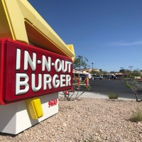 Las Vegas police investigate deadly shooting inside In-N-Out parking lot overnight